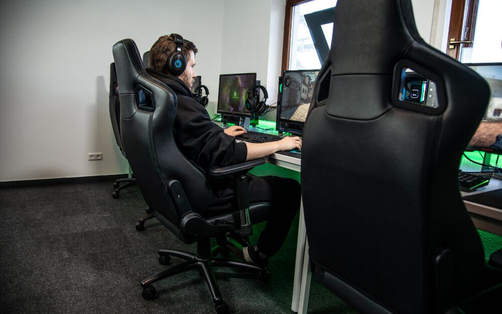 Gaming-Sessel - Gaming-Stuhl - Augen auf bei der Entscheidung